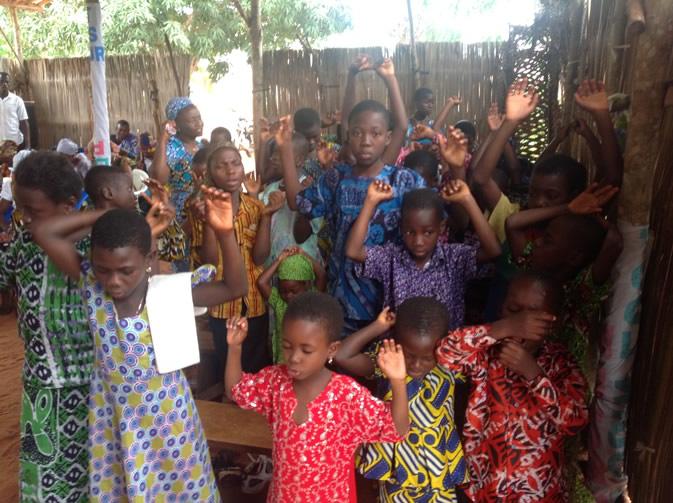 Children in Togo Praying